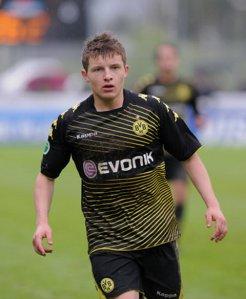 Thomas Eisfeld signed for Arsenal from Dortmund.