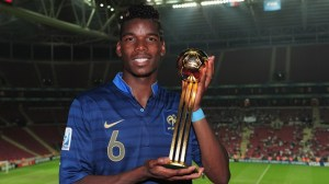 Paul Pogba holding his Golden Ball Award. Image: Getty/FIFA.com